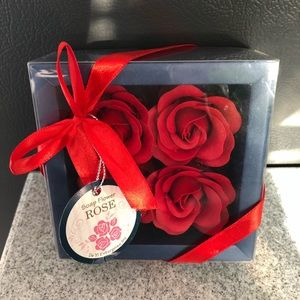 Other - ♦️SALE♦️NWT gift box with red rose soaps 🌹❤️